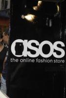 ASOS首席财务官Helen Ashton下月底将离职