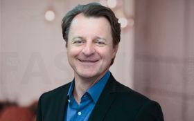 Pandora潘多拉任命Alexander Lacik 为新CEO