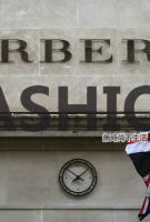 英国脱欧导致奢侈品销售暴跌五成 唯英国品牌暂时渔人得利