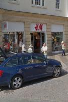 又现试衣间性爱 这次发生在英国H&M 公司回应:正在调查