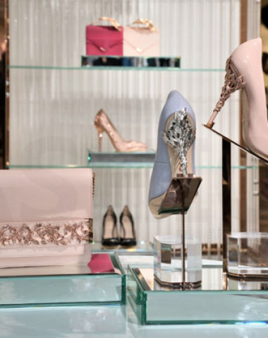 美国上市效应立显 寺库网与欧洲鞋业联合会签署独家排他协议 独揽欧洲奢侈品鞋品核心货源