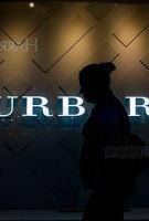 LVMH老板密友入股Burberry 引发行业遐想