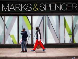 Marks & Spencer 马莎加速关店