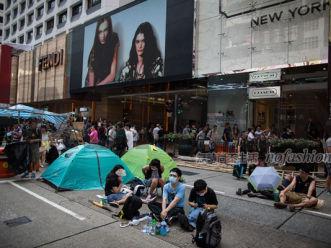 雪上加霜 香港职工联盟质疑零售差非实情 呼吁加薪6%