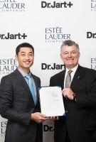 Dr.Jart+与雅诗兰黛集团签署战略合作协议
